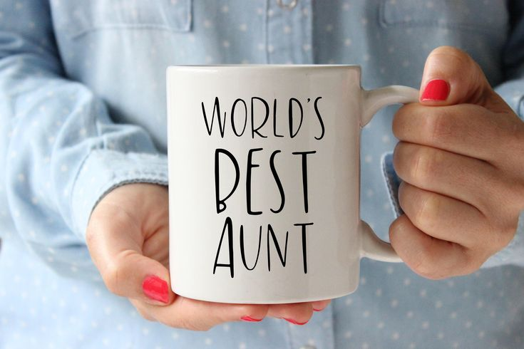 World's Best Aunt Mug, Aunt Mug, Gift for Aunt, Aunt Present, Coffee Mug, Tea, Cup, Aunt Birthday, Christmas, Aunt Gift, New Aunt, Aunt, Mug by SweetMintHandmade on Etsy https://www.etsy.com/listing/577921505/worlds-best-aunt-mug-aunt-mug-gift-for