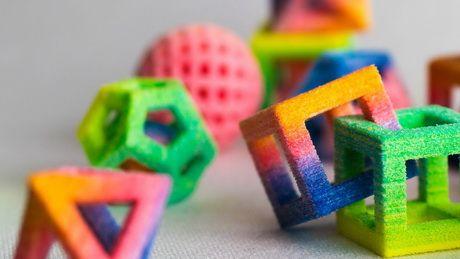 Сладкая мечта математика — иметь возможность печатать радужные сахарные додекаэдроны и сцепленные кубики