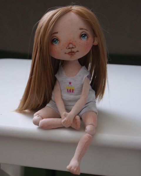 #кукла #кукларучнойработы #текстильнаякукла #интерьернаякукла #авторскаякукла #куклаизткани #куклаизтекстиля #сделанослюбовью #грунтованныйтекстиль #хобби #творчество #рукоделие #handmade #doll #toys
