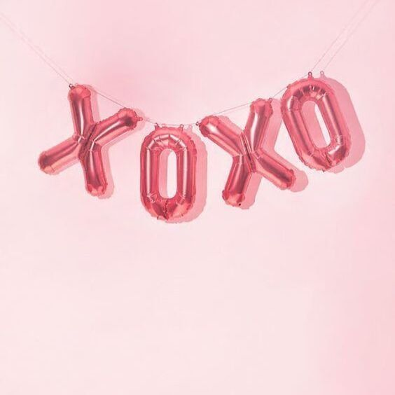"""Kisses and hugs // Pink balloon // Get #onthemove with us and receive 15% off your next order. Use the code """"PINTEREST15"""" to shop your new favourite activewear gear. Visit www.nimbleactivewear.com."""
