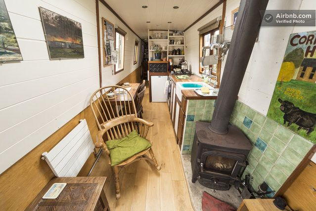 Stylish Narrow Boat in city centre   Airbnb Mobile