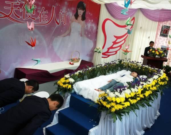 The Chinese Student Who Organized a Rehearsal of Her Own Funeral So She Could Enjoy It