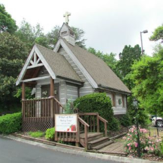 For 28 Years A Light Of Love Wedding Chapel Has Provided Thousands Couples With Simple Yet Elegant Ceremonies