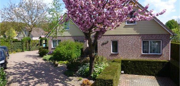 Vakantiehuis bungalowpark Limburg Plasmolen  mini-park met 10 bungalows