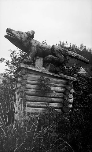 Photograph of Chief Shakes' grave marker.  1886.  Tlingit.