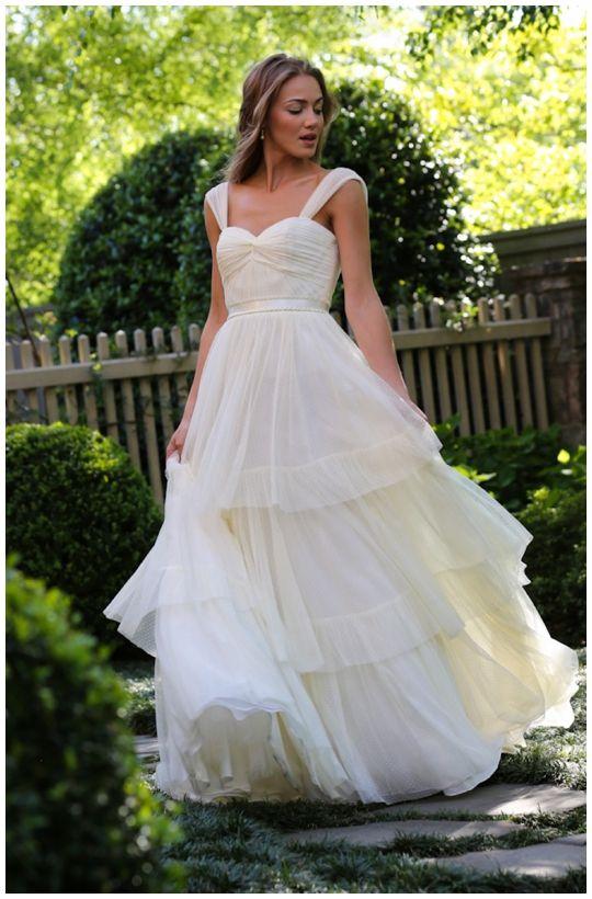 Cute Everthine Bridal Boutique u a bridal shop serving Connecticut Rhode Island New York