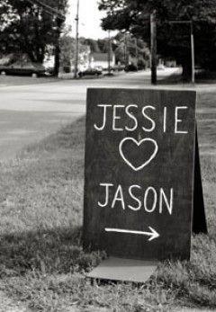 Pizarrones / / Bodas rústicas / Eventos rústicos / Ideas originales para bodas / Decoraciones bodas / Rustic weddings / Chalkboard Wedding Welcome Sign