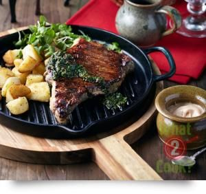 """BBQ Sirloin Steak with Parsley, Oregano and """"Brave"""" Potatoes"""