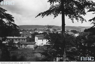 Widok miasta na tle pasa wzgórz. Panorama Wejherowa. 1925-08