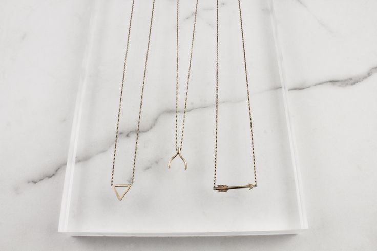 Daydreaming of rose gold necklaces on a Friday afternoon... Happy weekend everyone!