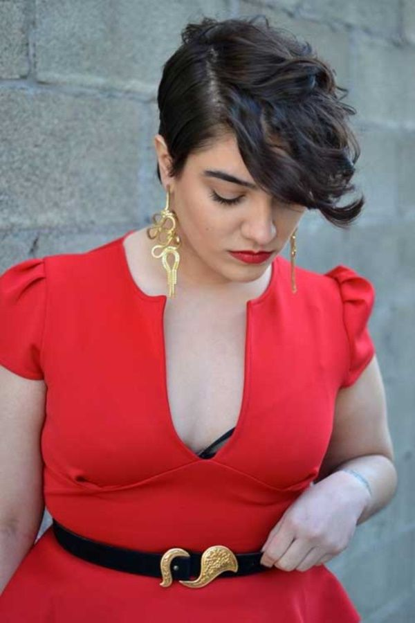 22 Attractive Hairstyles For Plus Size Women Haircuts Hairstyles 2020 In 2020 Short Hair Plus Size Short Hair Styles Curly Hair Styles