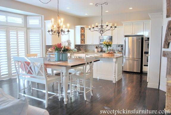 Sweet Pickins - using steel wool to stain table
