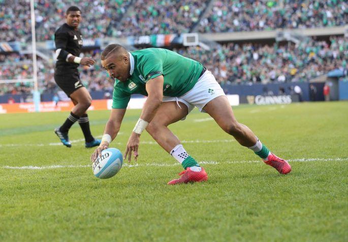 Ireland's Simon Zebo scores their fourth try. Photo: Billy Stickland/Inpho