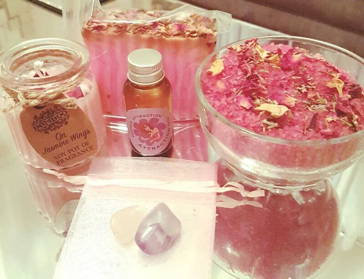 Attraction spell specifically created to draw in new love into your life! This spell kit comes with two crystals rose quartz and a amerthist crystal, a soy wax candle, herbal blend hoodoo oil for love and attraction. A herbal blended bath salt and a love drawing handmade soap, includes all instructions.   eBay!