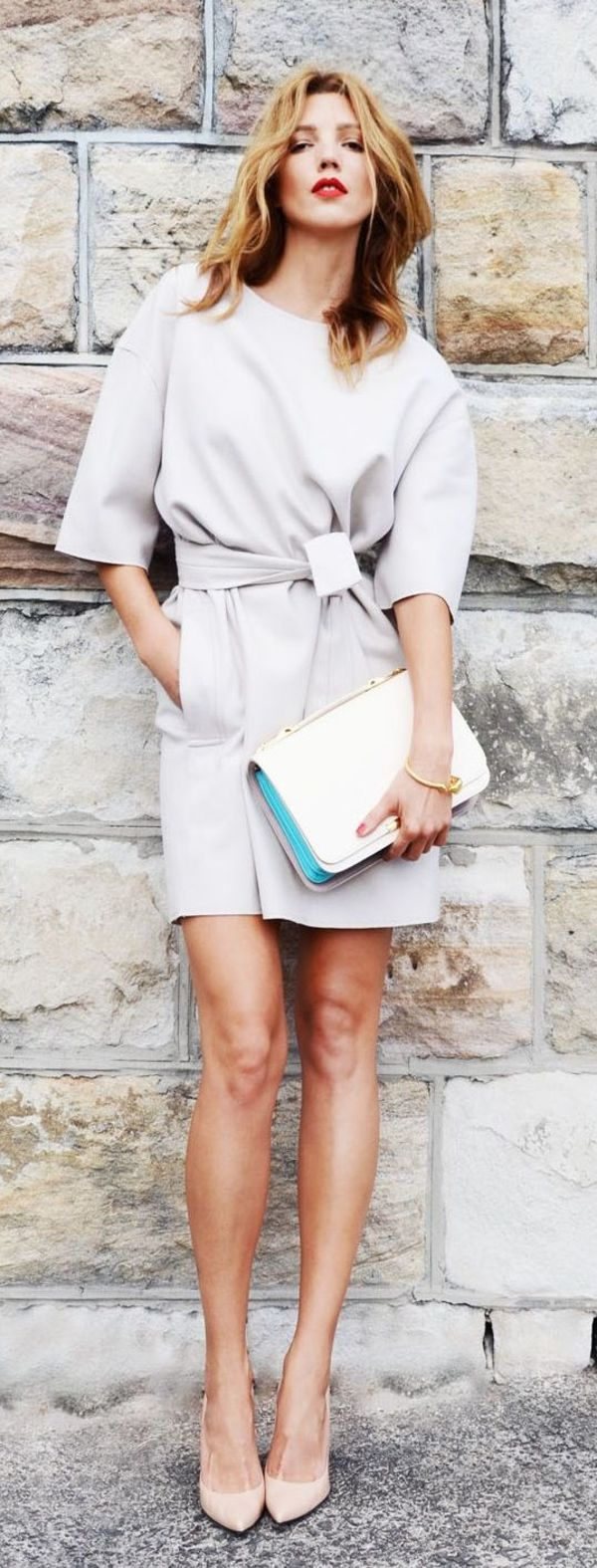 洗練された雰囲気の大人のミニ丈ワンピ♡ ワンピースを使った秋冬ファッションコーデ。