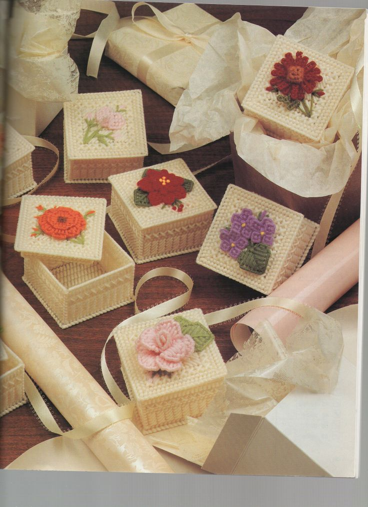 Plastic Canvas Boxes with Flower Tops