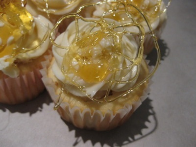 flavored cupcakes black bottom cupcakes wit salted caramel cc frosting ...