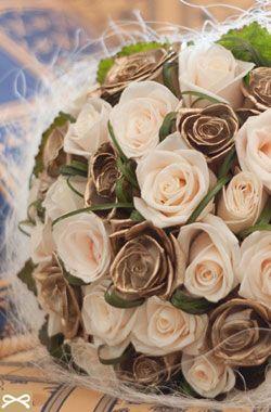 Νυφική Ανθοδέσμη: Ανθοδέσμη με Ροζ Τριαντάφυλλα