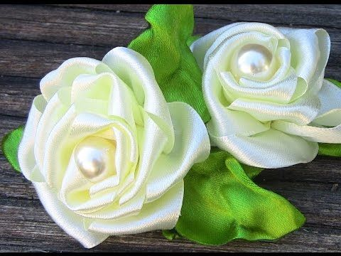 Rosas em Fitas feitas com nó Passo a Passo