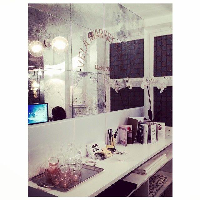 VelaMarket is OpeN ❤️ #velamarket #velamarketstore #newopen #weareopen #welcomeeveryone #store #madrid #candles #decoworld #interiordesign #mirror #gifts #generalarrando34 #spain