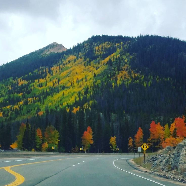 A gorgeous ride to @WinterParkResort! Fall is going to be at its peak very soon! #Fall #Colorado #WinterParkResort #MtnLife