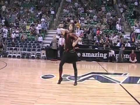 Lindsey Stirling- NBA Halftime show. it looks like its at a jazz game :D