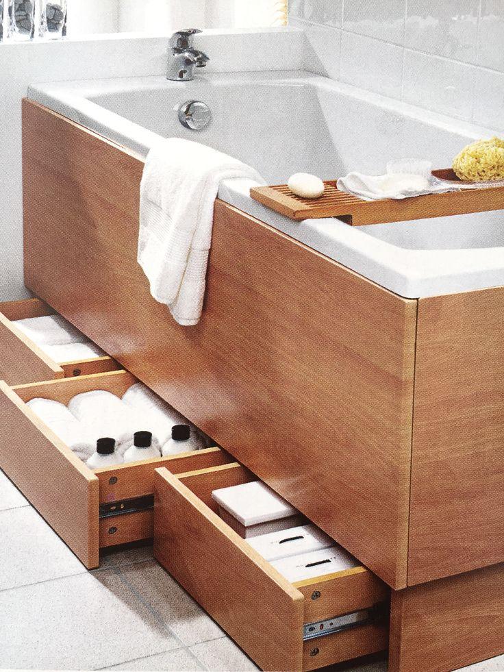 handige berging onder (verhoogd) bad