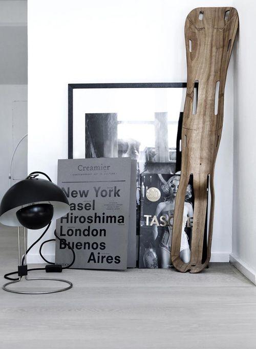 black / white / wood