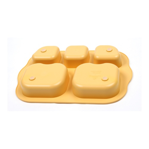 Great to encourage children to develop healthy eating habits and non-slip silicone pad prevents slippage on your table. Eco-friendly, durable and microwavable! Available at www.kidsberry.com.au