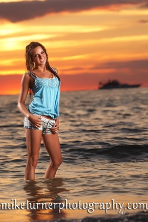 I really want some senior pictures at sunset...