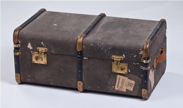 www.eventsandtents.co.za  Vintage Suitcase