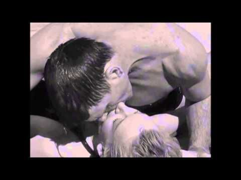 From Here to Eternity- Famous Kiss on the Beach SCENE
