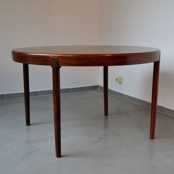 Located using retrostart.com > Extendable / Round To Oval Dining Table by Harry Østergaard for Randers Mobelfabric Denmark