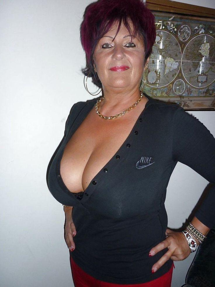 Oldies Women Boobs 54