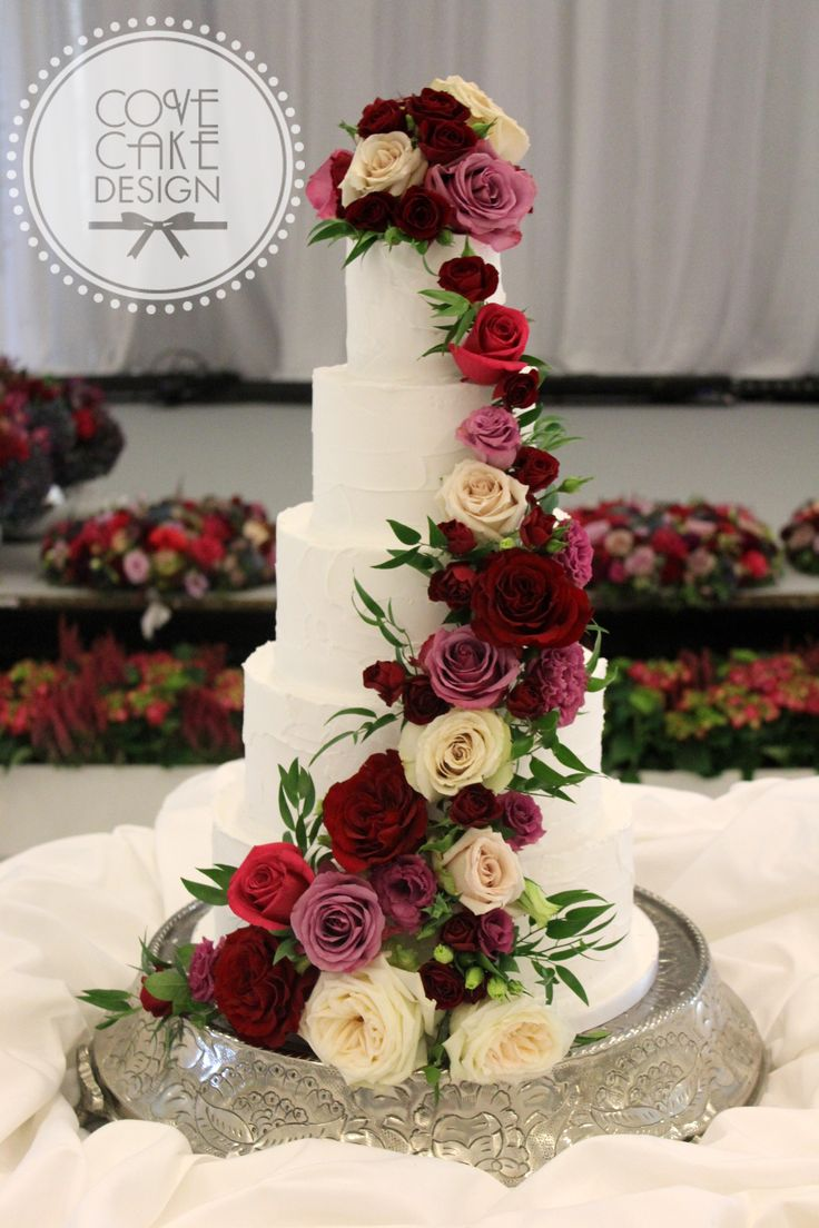 burgundy wedding cake flowers 190 best wedding cake images on marriage 12243