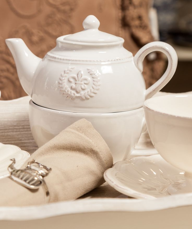 Luxury Elegance Teapots - White Teapots - Shabby Chic tea sets