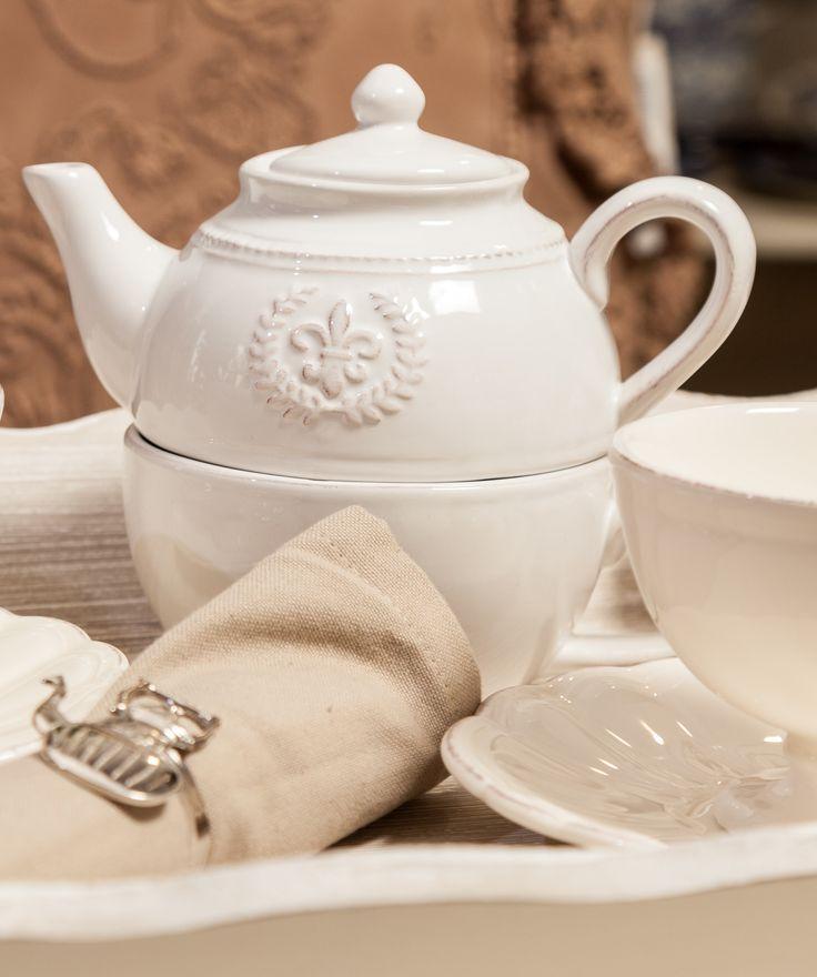 Luxury Elegance Teapots - White Teapots - Shabby Chic tea sets
