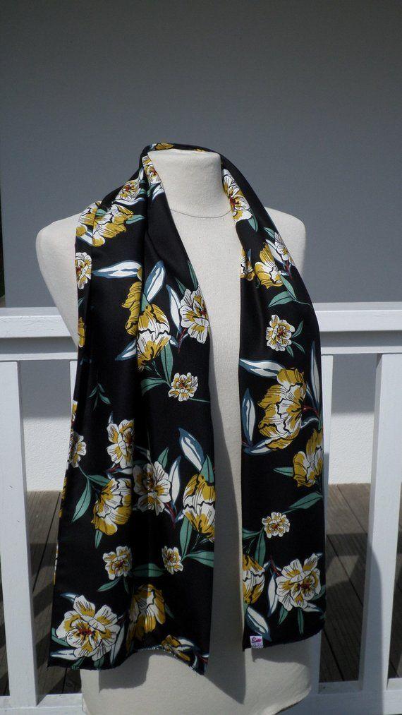 7273acf70a67 écharpe foulard étole châle imprimé jaune moutarde noir  femme  imprimé   créateur lin eva mariage nouvelle collection automne hiver 2018