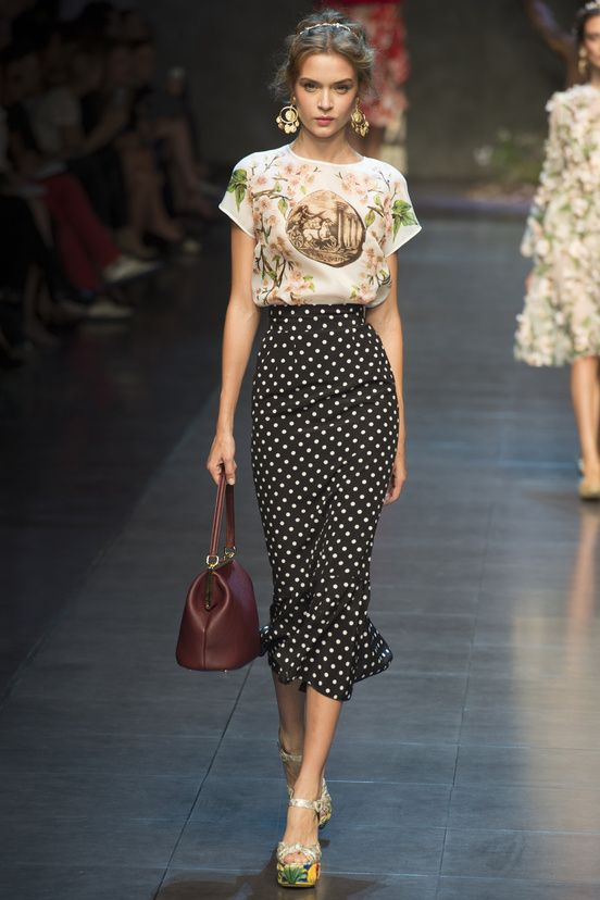 Dolce & Gabbana Runway Show, Milan Fashion Week, Ready-to-wear, summer-spring 2014, #MFW #RTW #Fashion from Vogue.fr