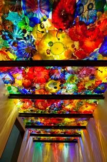 Chihuly's Persians series. Beyond the Object, Halcyon Gallery, 144 New Bond St - Until 5th April