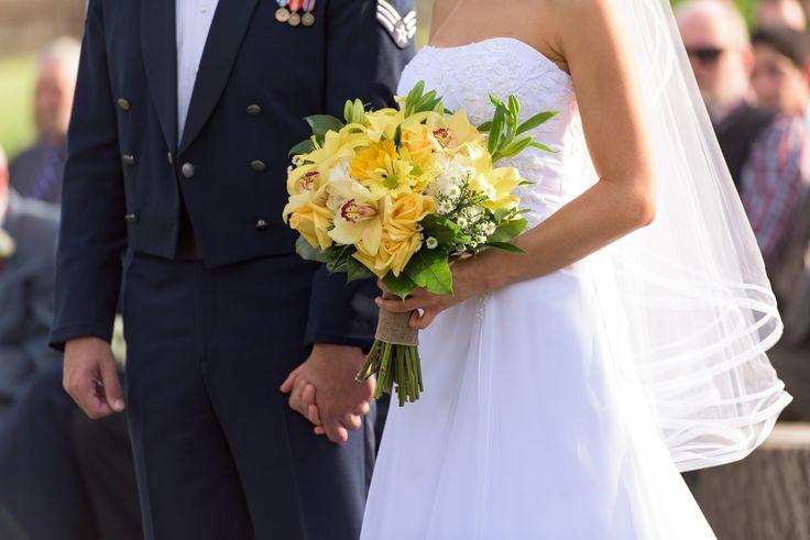 5 Tips to Lower Your Wedding Expenses - http://waywardlives.com/weddingbudgetweddingexpenses/