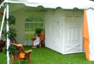58 best images about graduation on pinterest graduation for Outdoor wedding bathroom ideas
