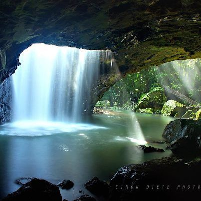 The Natural Arch, Gold Coast Hinterland, Queensland, Australia...