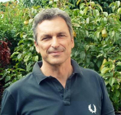 Intervista su Mario Rigoni Stern a Luciano Zampese, docente universitario http://www.sulromanzo.it/blog/intervista-su-mario-rigoni-stern-a-luciano-zampese-docente-universitario