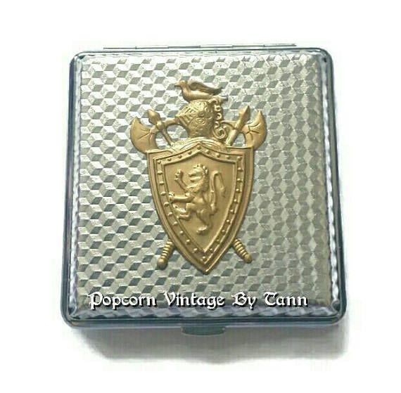 Heraldic LION Shield CIGARETTE Case Medieval Coat of Arms Renaissance Knighthood Royal Knights Templar Wallet Card Case Tobacciana Leo Gift