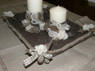 Create col cuore: centrotavola lino e feltro