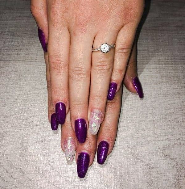 Gel  with metalic color