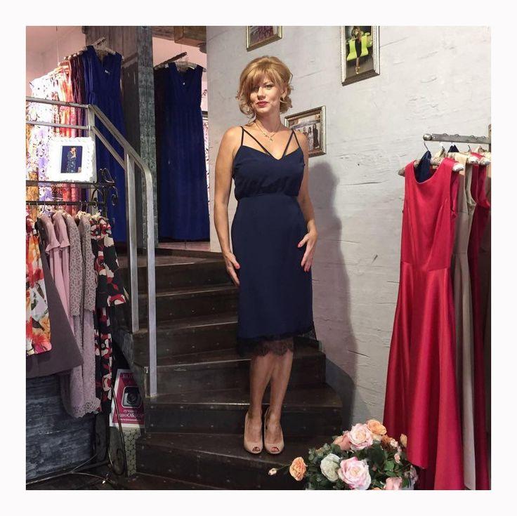 """Елена Бирюкова @biruikovaelena - известная актриса, звезда⭐ сериала """"Саша и Маша"""" в платье Olga Grinyuk👗. Как же приятно, что такие прекрасные и талантливые женщины выбирают 💗наши платья💗! ___________________________ Дизайнер - @olgagrinyuk Каталог - @olgagrinyuk_shop ___________________________ #платьядлясчастья #olgagrinyuk #ольгагринюк#российскиедизайнеры #красивыеплатья #платьявналичии #dress #мода #стиль #какбытькрасивой #look #shop #photo"""