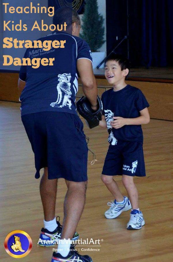Teaching Kids about Stranger Danger  #limetreekids #play #kids #fun #limetreemummablog