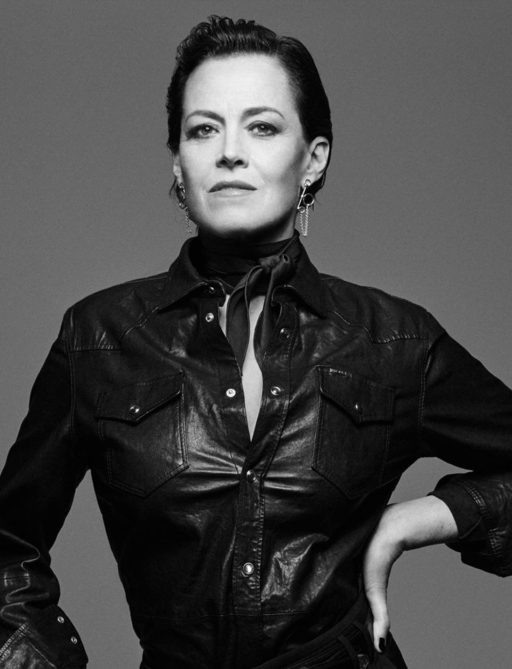 Sigourney Weaver Filmography And Biography On Movies Film: 172 Best Images About Sigourney Weaver On Pinterest